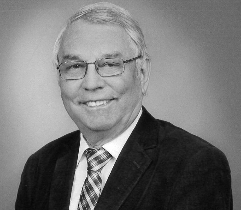 Prof. Max Taucher